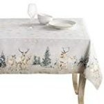 13 Best Christmas Tablecloths